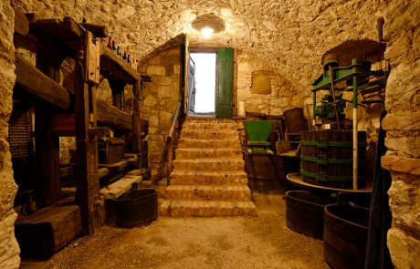 Weinkeller im Dorfmuseum Mönchhof